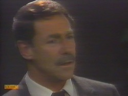 Malcolm Clarke in Neighbours Episode 0653