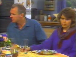 Jim Robinson, Beverly Marshall in Neighbours Episode 0655