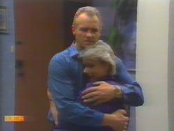 Jim Robinson, Helen Daniels in Neighbours Episode 0655