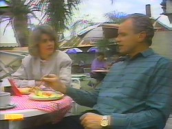 Beverly Marshall, Jim Robinson in Neighbours Episode 0655