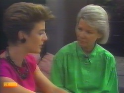 Gail Robinson, Helen Daniels in Neighbours Episode 0657