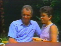 Jim Robinson, Lucy Robinson in Neighbours Episode 0659
