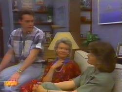 Paul Robinson, Helen Daniels, Beverly Marshall in Neighbours Episode 0660