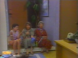 Lucy Robinson, Beverly Marshall, Helen Daniels in Neighbours Episode 0660