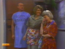 Jim Robinson, Beverly Marshall, Helen Daniels in Neighbours Episode 0660