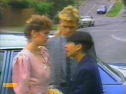 Beverly Marshall, Scott Robinson, Hilary Robinson in Neighbours Episode 0661