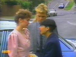 Beverly Marshall, Scott Robinson, Hilary Robinson in Neighbours Episode 0661