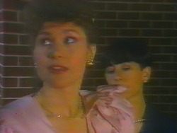 Beverly Marshall, Hilary Robinson in Neighbours Episode 0661