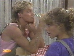 Scott Robinson, Charlene Mitchell in Neighbours Episode 0678