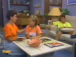 Lucy Robinson, Katie Landers, Todd Landers in Neighbours Episode 0683