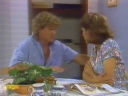 Henry Ramsay, Beverly Robinson in Neighbours Episode 0683