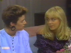 Gail Robinson, Jane Harris in Neighbours Episode 0684