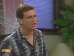 Des Clarke in Neighbours Episode 0691