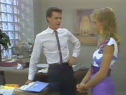 Paul Robinson, Jane Harris in Neighbours Episode 0692
