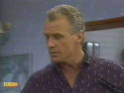 Jim Robinson in Neighbours Episode 0692