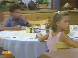 Todd Landers, Katie Landers in Neighbours Episode 0692