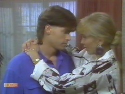 Mike Young, Jane Harris in Neighbours Episode 0693