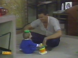 Jamie Clarke, Des Clarke in Neighbours Episode 0693
