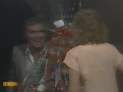 Lou Carpenter, Madge Bishop in Neighbours Episode 0693