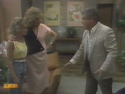 Charlene Robinson, Madge Ramsay, Lou Carpenter in Neighbours Episode 0694