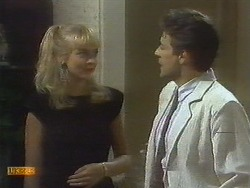 Jane Harris, Tony Romeo in Neighbours Episode 0698