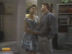 Gail Robinson, Paul Robinson in Neighbours Episode 0698