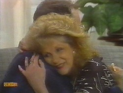 Madge Bishop, Harold Bishop in Neighbours Episode 0698