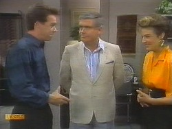Paul Robinson, Lou Carpenter, Gail Robinson in Neighbours Episode 0698