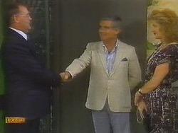 Harold Bishop, Lou Carpenter, Madge Ramsay in Neighbours Episode 0698