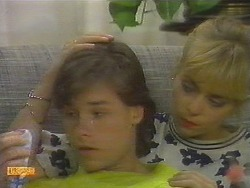 Mike Young, Jane Harris in Neighbours Episode 0699