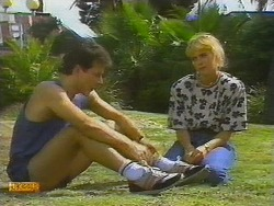 Tony Romeo, Jane Harris in Neighbours Episode 0699