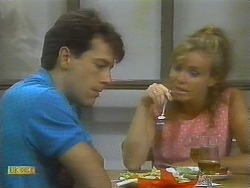 Tony Romeo, Sally Wells in Neighbours Episode 0699