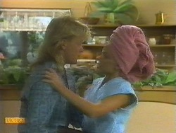 Scott Robinson, Charlene Mitchell in Neighbours Episode 0699