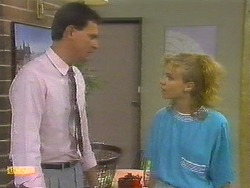 Des Clarke, Sally Wells in Neighbours Episode 0699