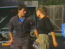 Tony Romeo, Charlene Mitchell in Neighbours Episode 0699