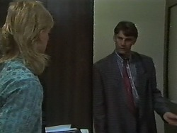 Scott Robinson, Ross Warner in Neighbours Episode 0699
