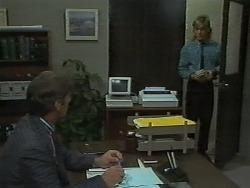 Ross Warner, Scott Robinson in Neighbours Episode 0700