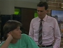 Mike Young, Des Clarke in Neighbours Episode 0700
