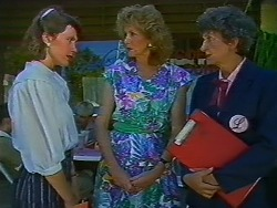 Beverly Marshall, Madge Bishop, Nell Mangel in Neighbours Episode 0704