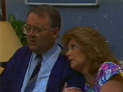 Harold Bishop, Madge Bishop in Neighbours Episode 0706