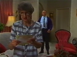 Nell Mangel, Harold Bishop in Neighbours Episode 0706