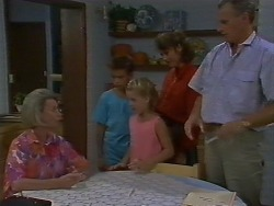 Helen Daniels, Todd Landers, Katie Landers, Beverly Marshall, Jim Robinson in Neighbours Episode 0707
