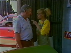 Rob Lewis, Charlene Mitchell in Neighbours Episode 0707