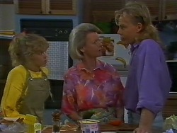 Charlene Mitchell, Helen Daniels, Scott Robinson in Neighbours Episode 0707
