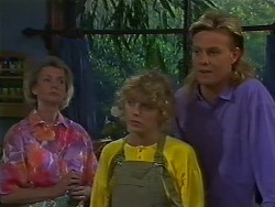 Helen Daniels, Charlene Mitchell, Scott Robinson in Neighbours Episode 0707