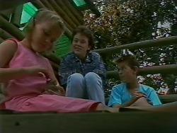 Katie Landers, Lucy Robinson, Todd Landers in Neighbours Episode 0707