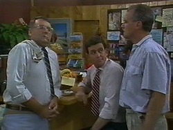 Harold Bishop, Des Clarke, Jim Robinson in Neighbours Episode 0708