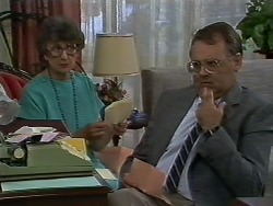 Nell Mangel, Harold Bishop in Neighbours Episode 0708