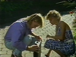Scott Robinson, Charlene Mitchell in Neighbours Episode 0708