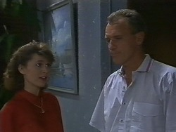 Beverly Marshall, Jim Robinson in Neighbours Episode 0709